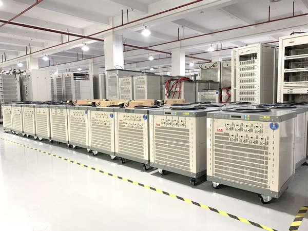 12U8通道设备-新威电池充放电测试仪-多台容量循环寿命测试仪-5V30A等